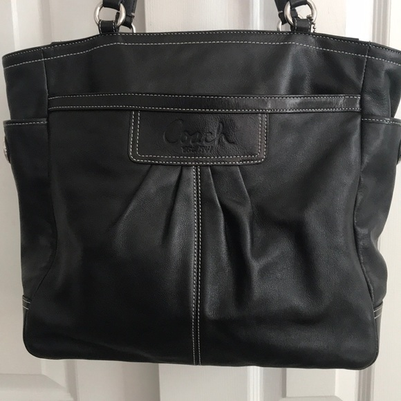 Coach Handbags - Leather Coach Tote Bag